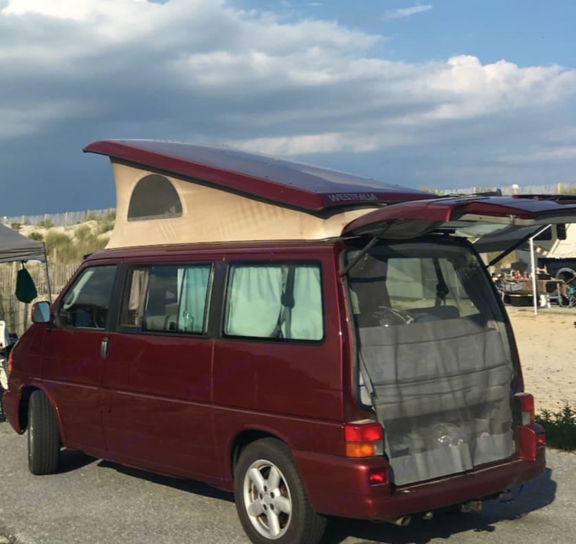 Assateague Island. Volkswagen Westfalia 2003