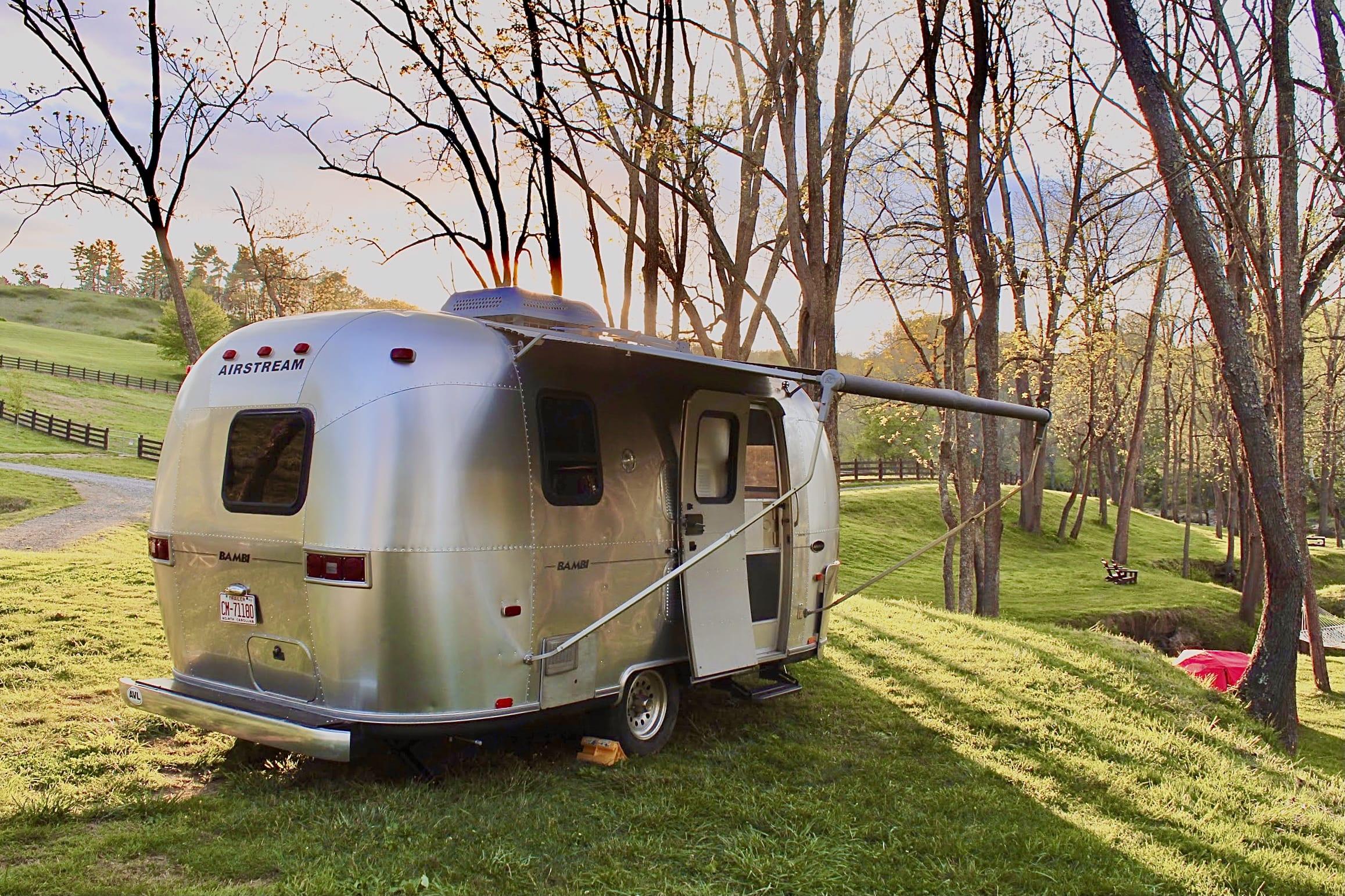 Home sweet home!. Airstream Safari Bambi 2003