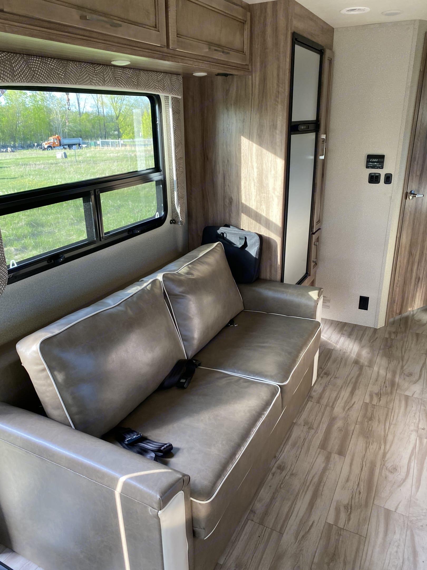 Entegra Coach Odyssey 2019