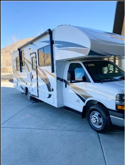 Mint condition, new car smell, just pulled off the dealer lot.. Jayco Redhawk 2021