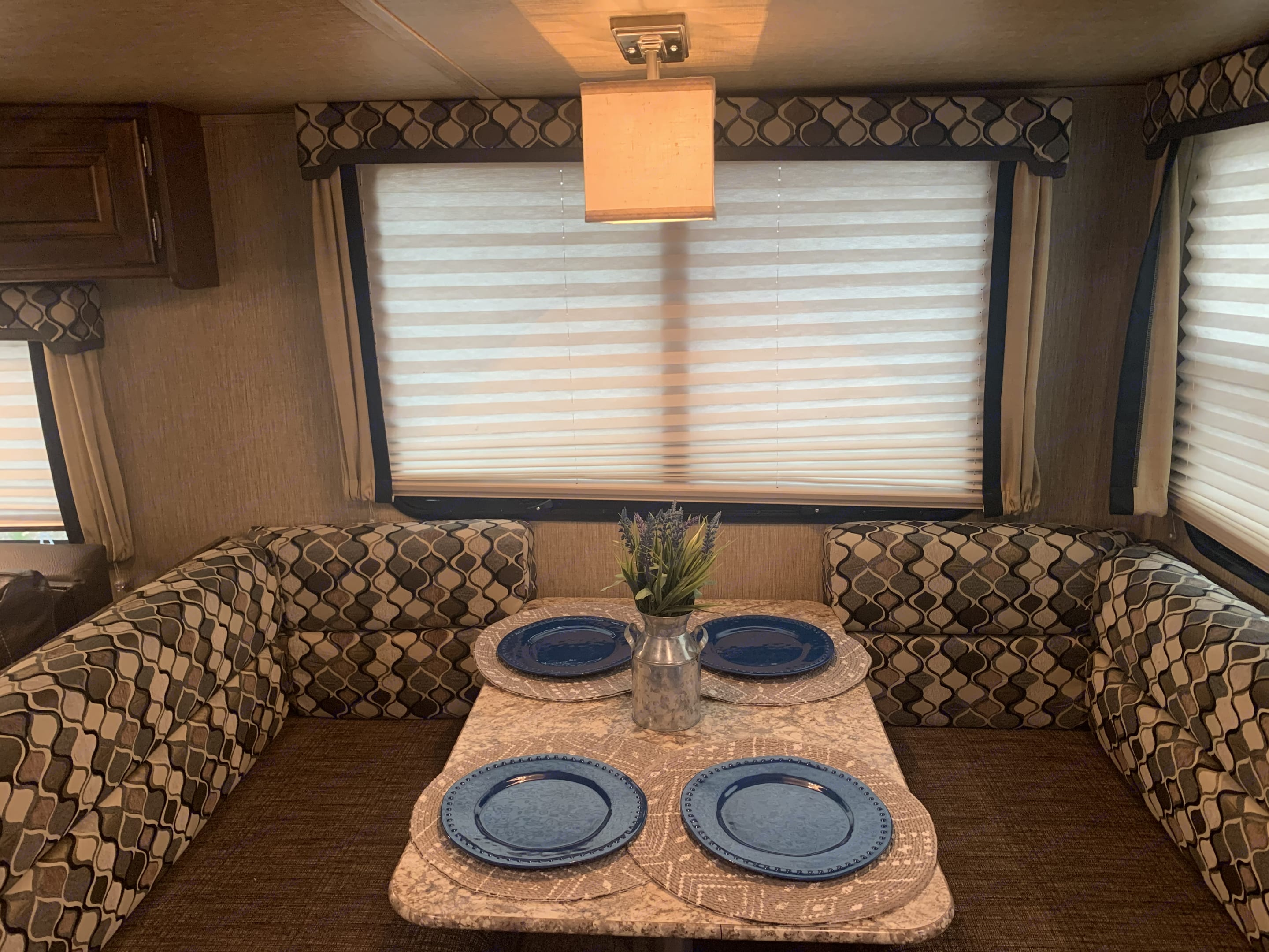 A comfortable place to dine or play board games.   Everything is provided in the kitchen to create memorable meals.  You supply the conversation!. Keystone Outback 2017