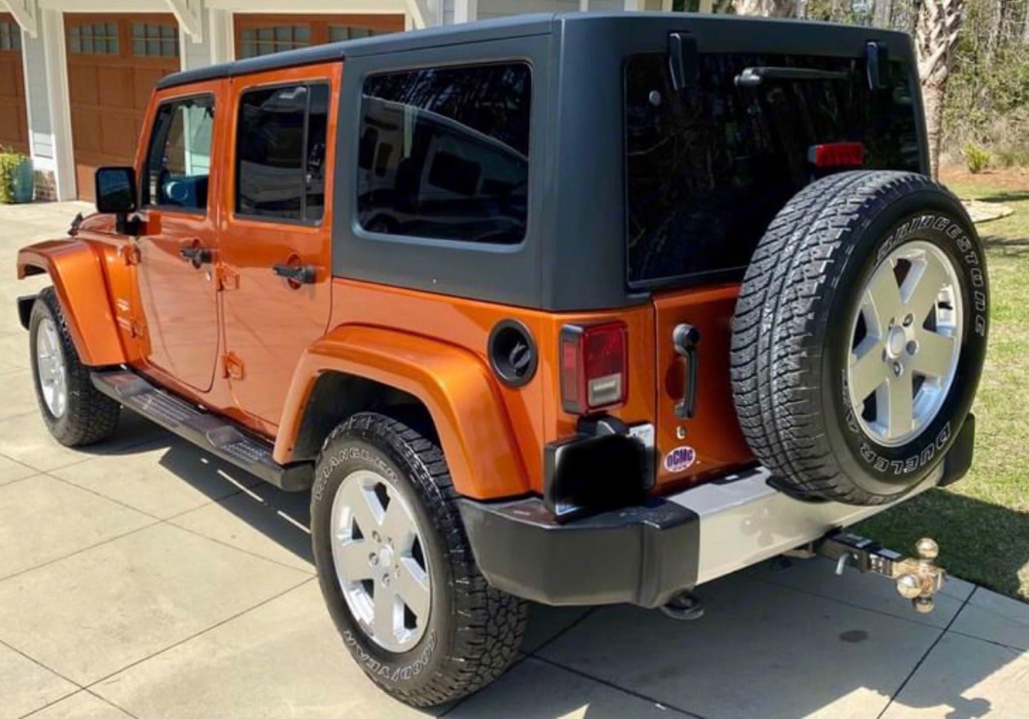 Jeep 2011 Jeep Wrangler · Unlimited Sahara Sport Utility 4D 2011