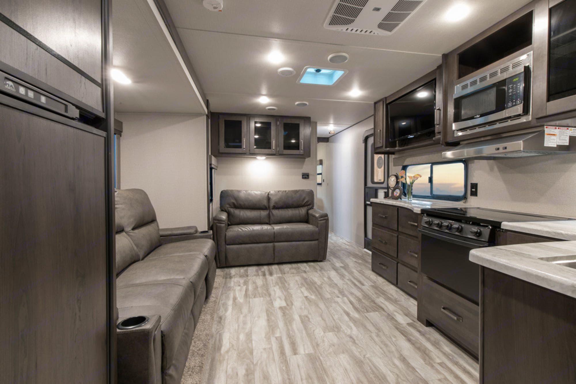 Grand Design 29TBS 2021