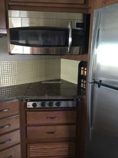 Cook top/extra counter space. Fleetwood Excursion 2014