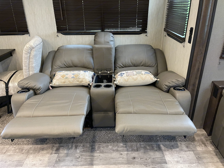 Full recline w/heat & massage. Crossroads Other 2020