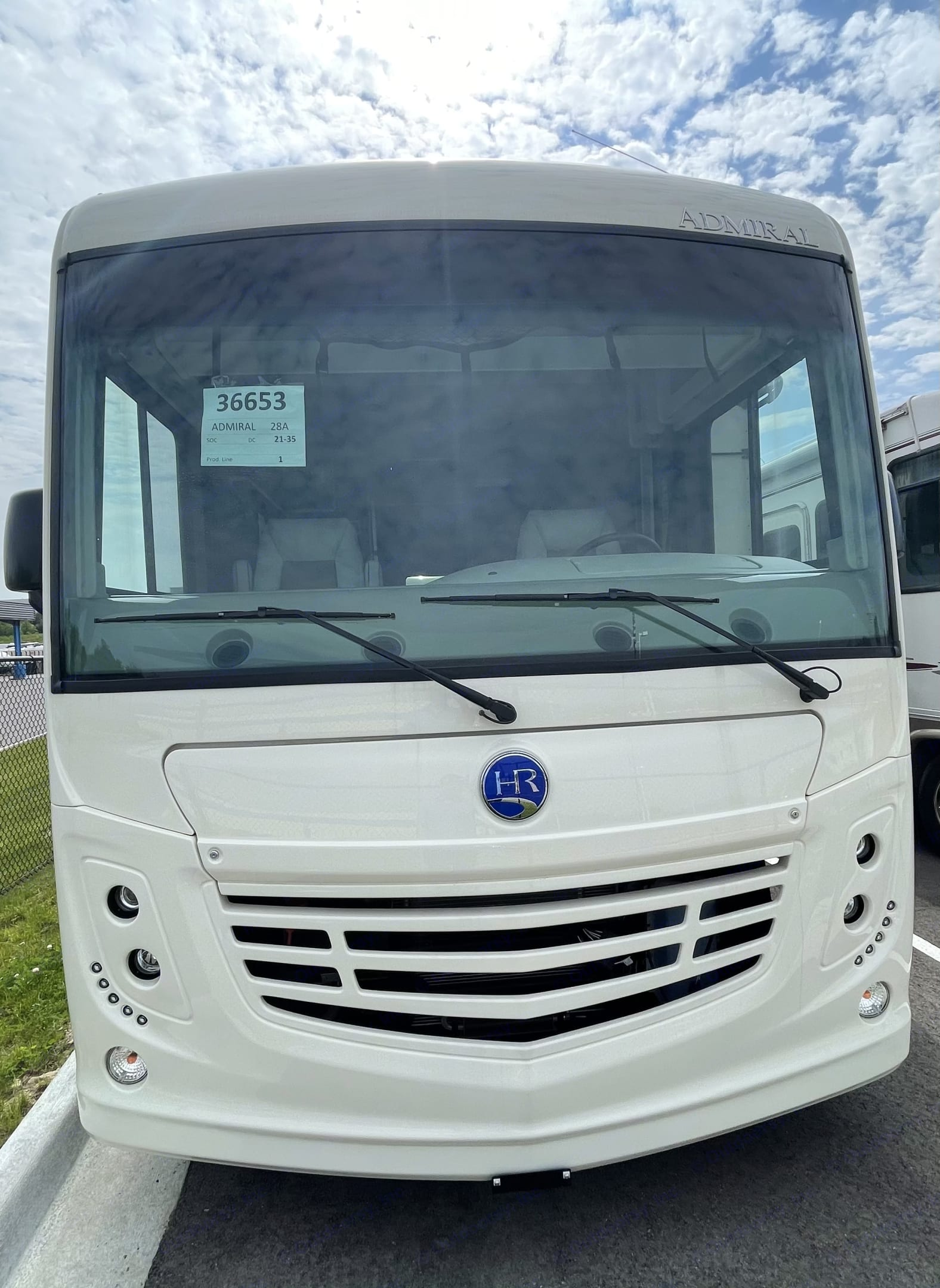 Front End . Holiday Rambler Admiral 2021