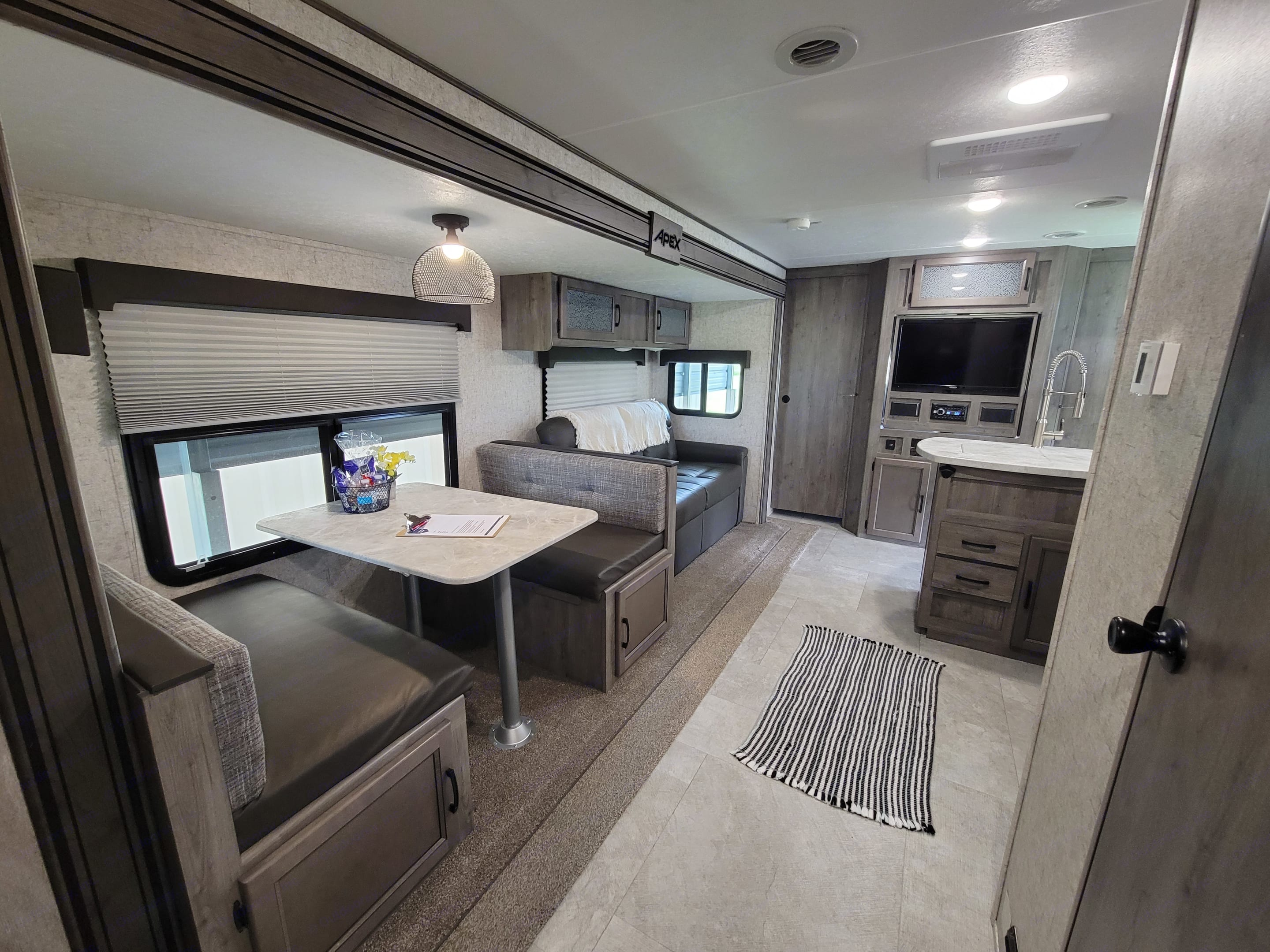 Your family can gather here and swap stories of your day Roaming!. Coachmen Apex 2021