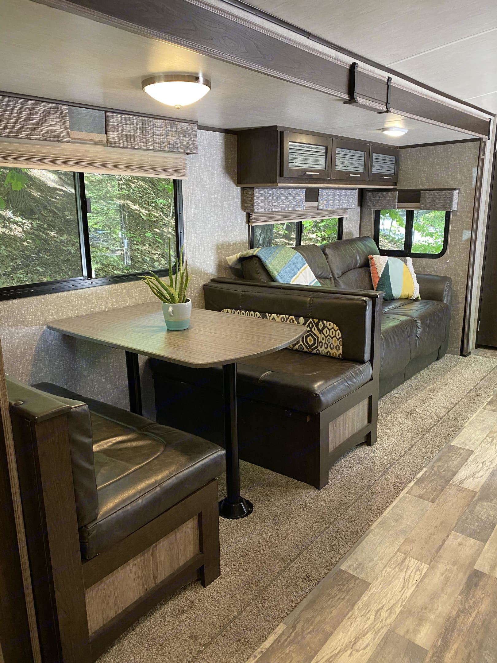 Sofa pulls out to a double bed.  Storage available under the dining benches.. Cruiser Rv Corp Fun Finder 2017