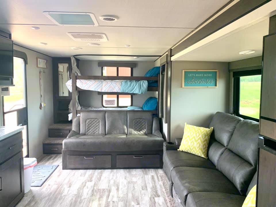 Spacious interior with bunkhouse. Grand Design Transcend Xplor 265BH 2021