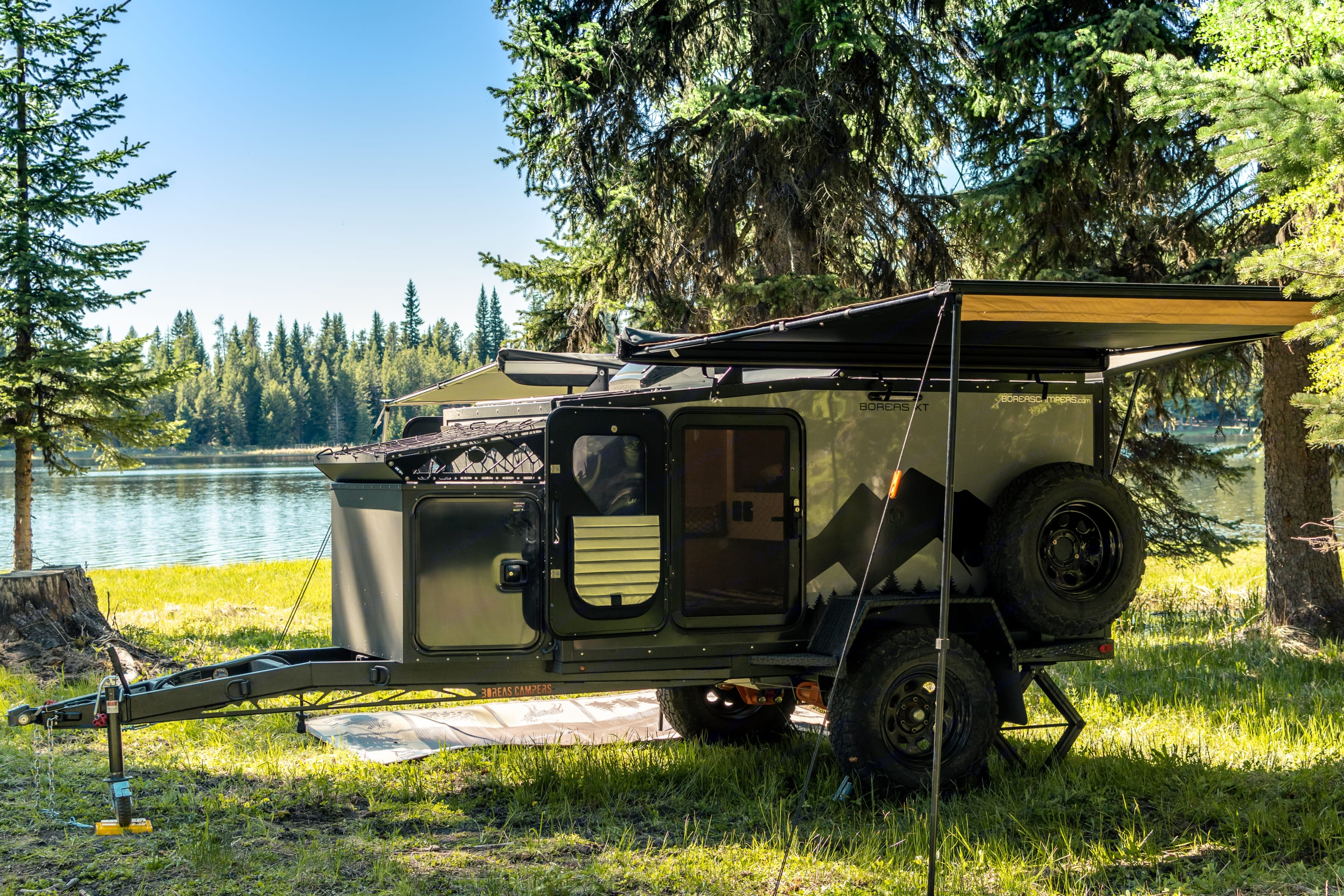 Set up by the lake. The Boreas is easy to get into tight spots!. Boreas XT 2021