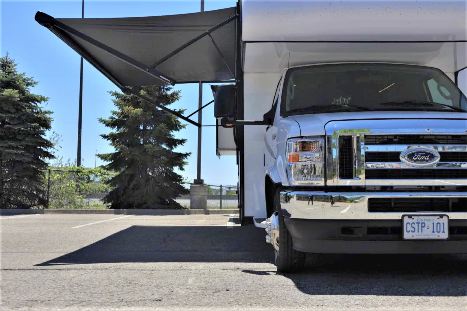 Exterior photo of rv4hire.com Toronto.ON Canada. Forest River Forester 2021