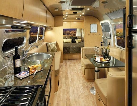 Relax in style!. Airstream Flying Cloud 2016