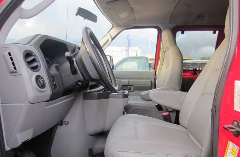 Ford Ford E350 2010