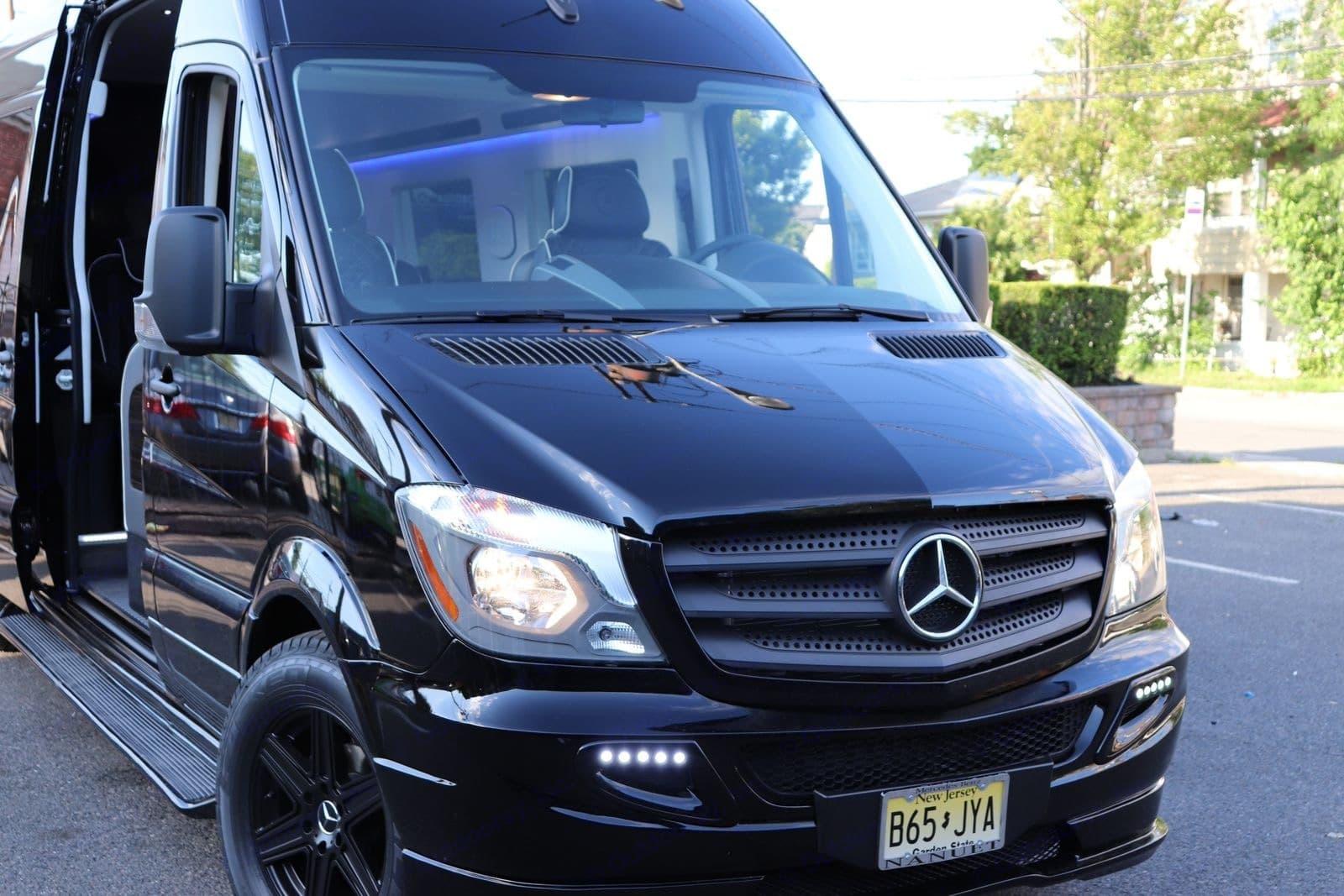 Black on Black Opulence . Mercedes-Benz Custom Coach 2018