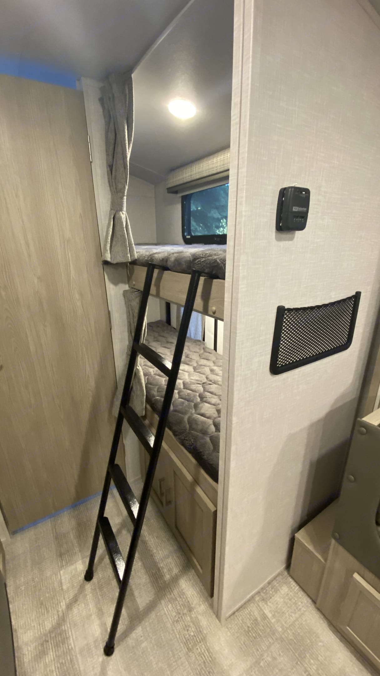 Bunks with ladder. Forest River Flagstaff 2021