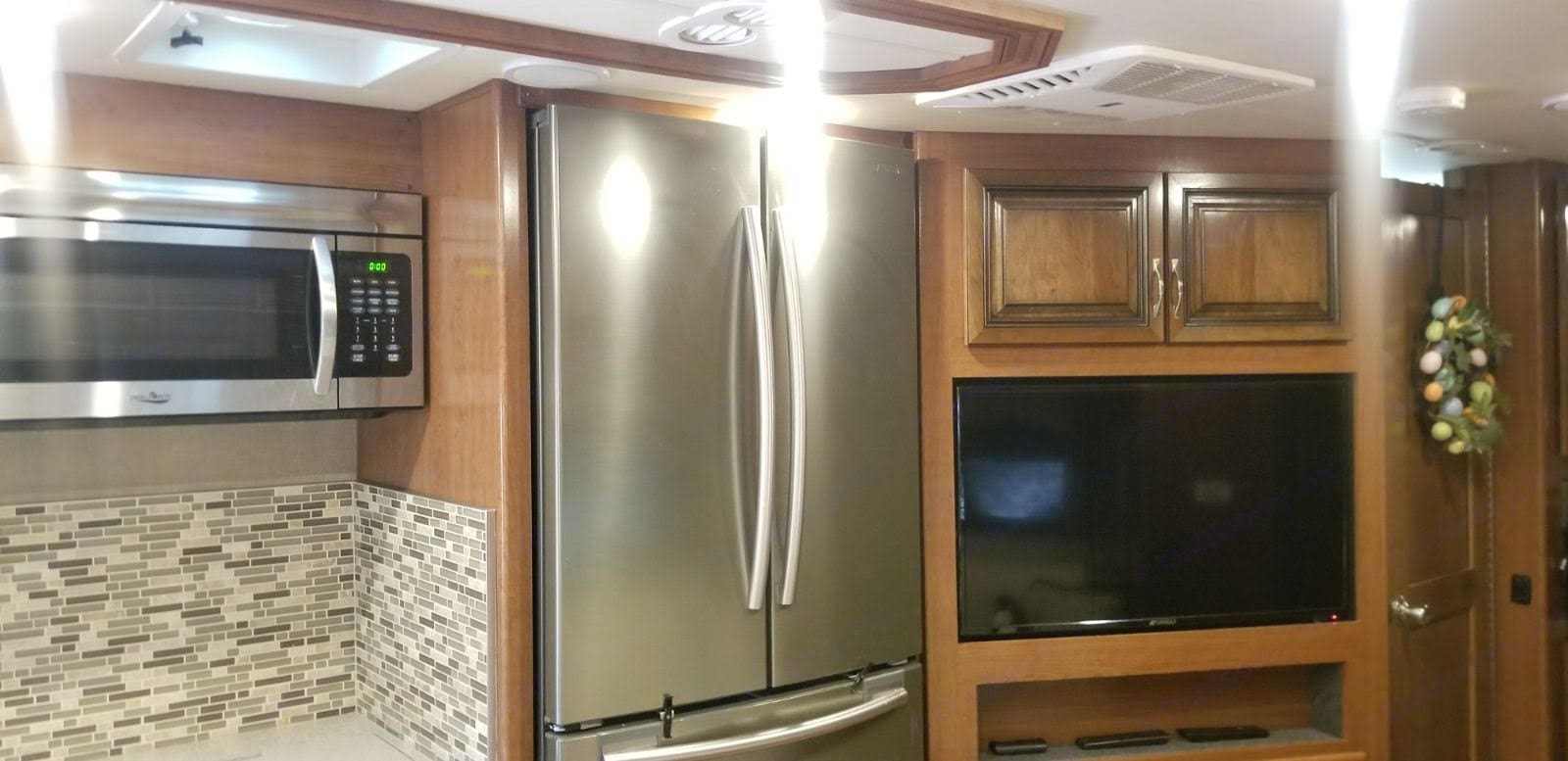 Convection/Microwave oven, Full size Fridge. Holiday Rambler Vacationer 2017