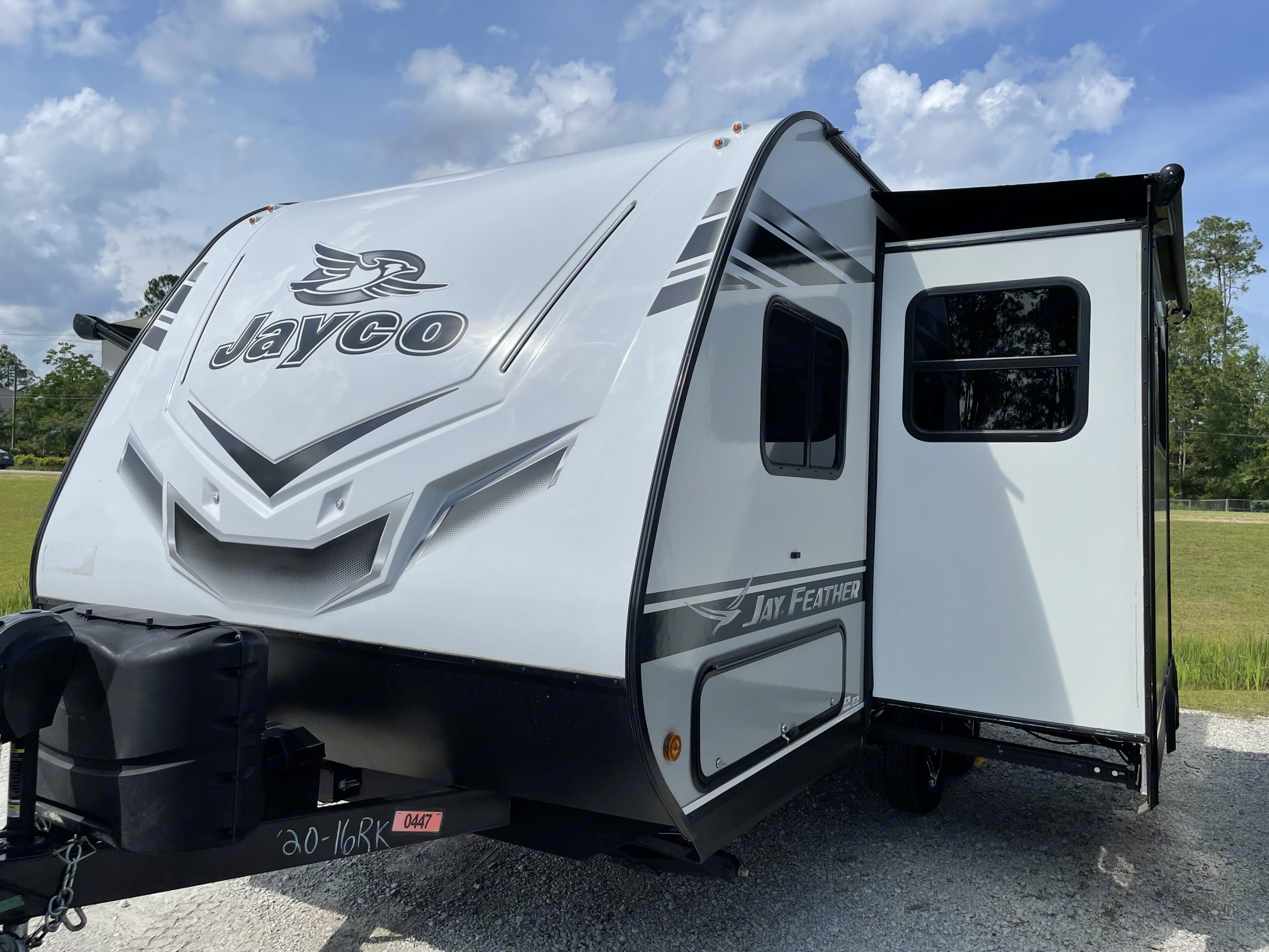 Spacious slide out. Jayco Jay Feather 2021