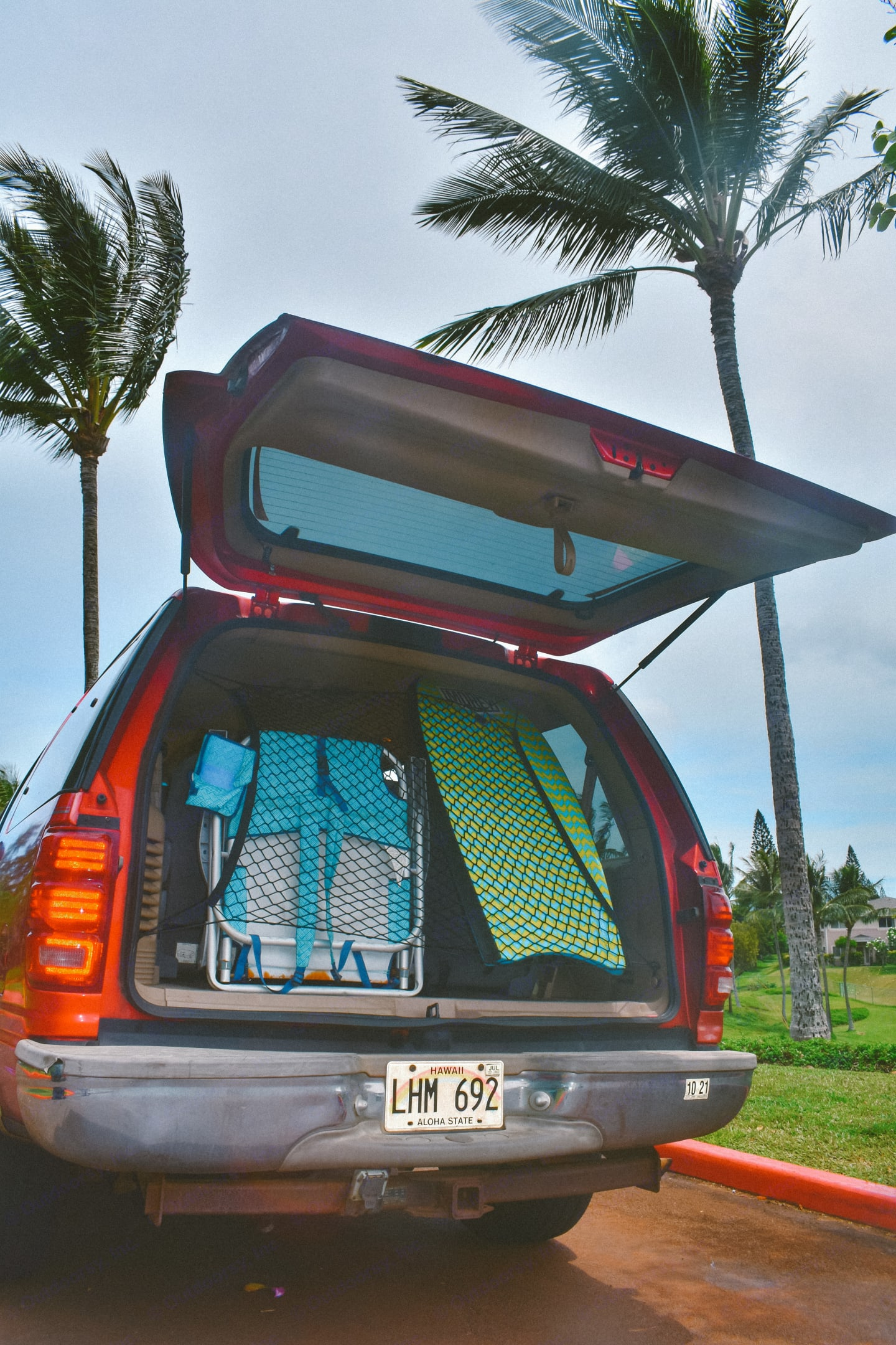 When on the road there is a lot of room for anything you would need to carry on your trip weather that be luggage, shopping, or your beach gear!. Ford Ford Expedition 2001