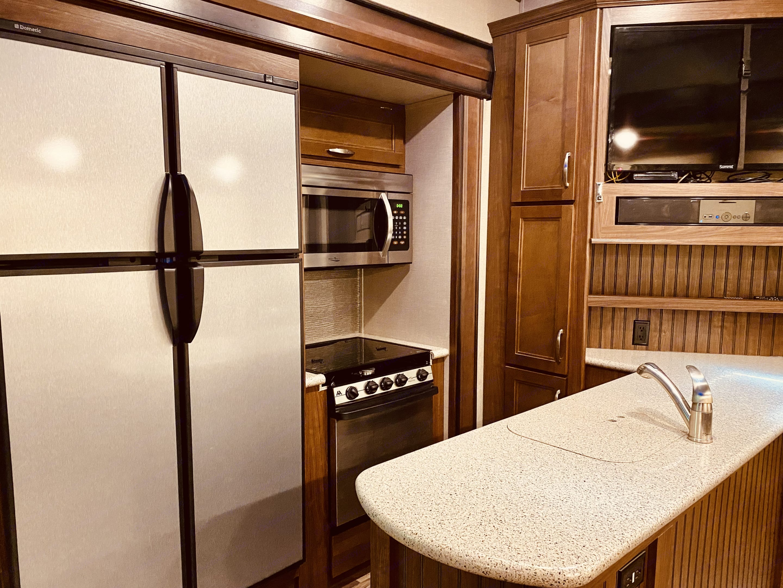 kitchen. Keystone Montana High Country 2017