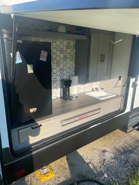 Mini fridge, sink and coffee maker. . Heartland Other 2020