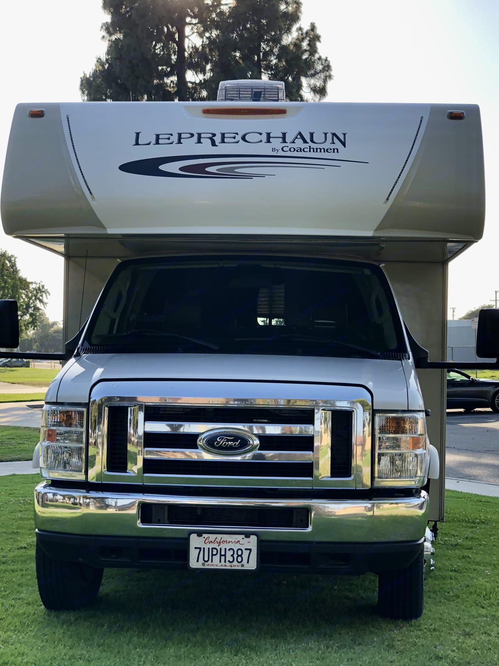 Exterior - Front. Coachmen Leprechaun 2017