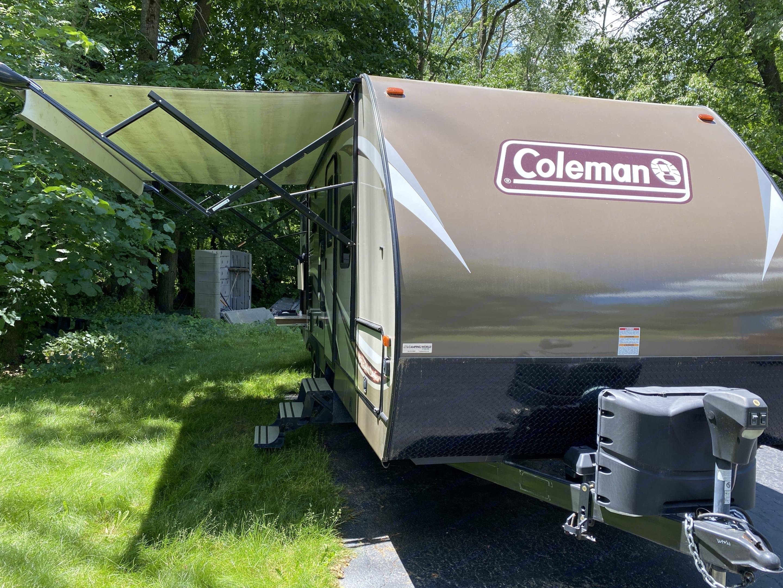Coleman Light 2405BH 2017