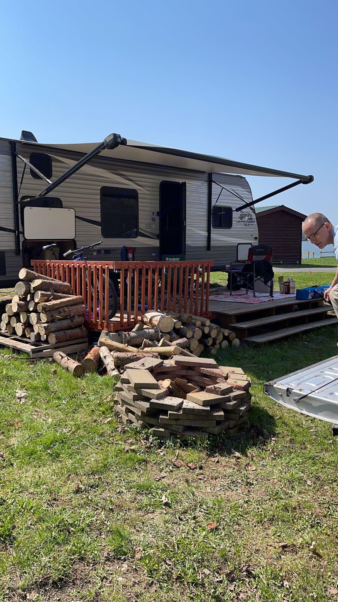 camping. Jayco Jay Flight 2021