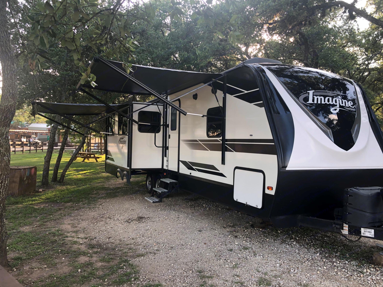 2 awnings provide plenty of shade in the hot Texas summer. Grand Design Imagine RL2970 2019