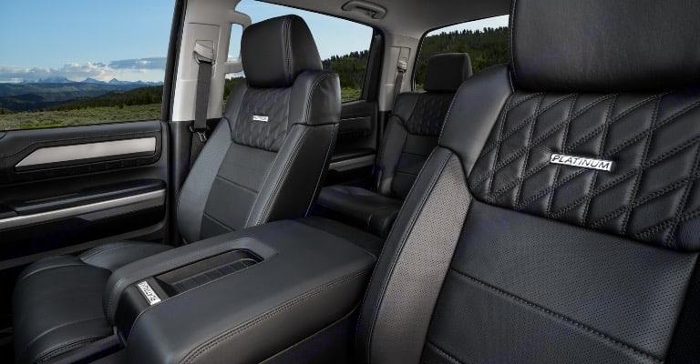 Heated and cooled leather seats . Toyota Tundra Platinum 2021