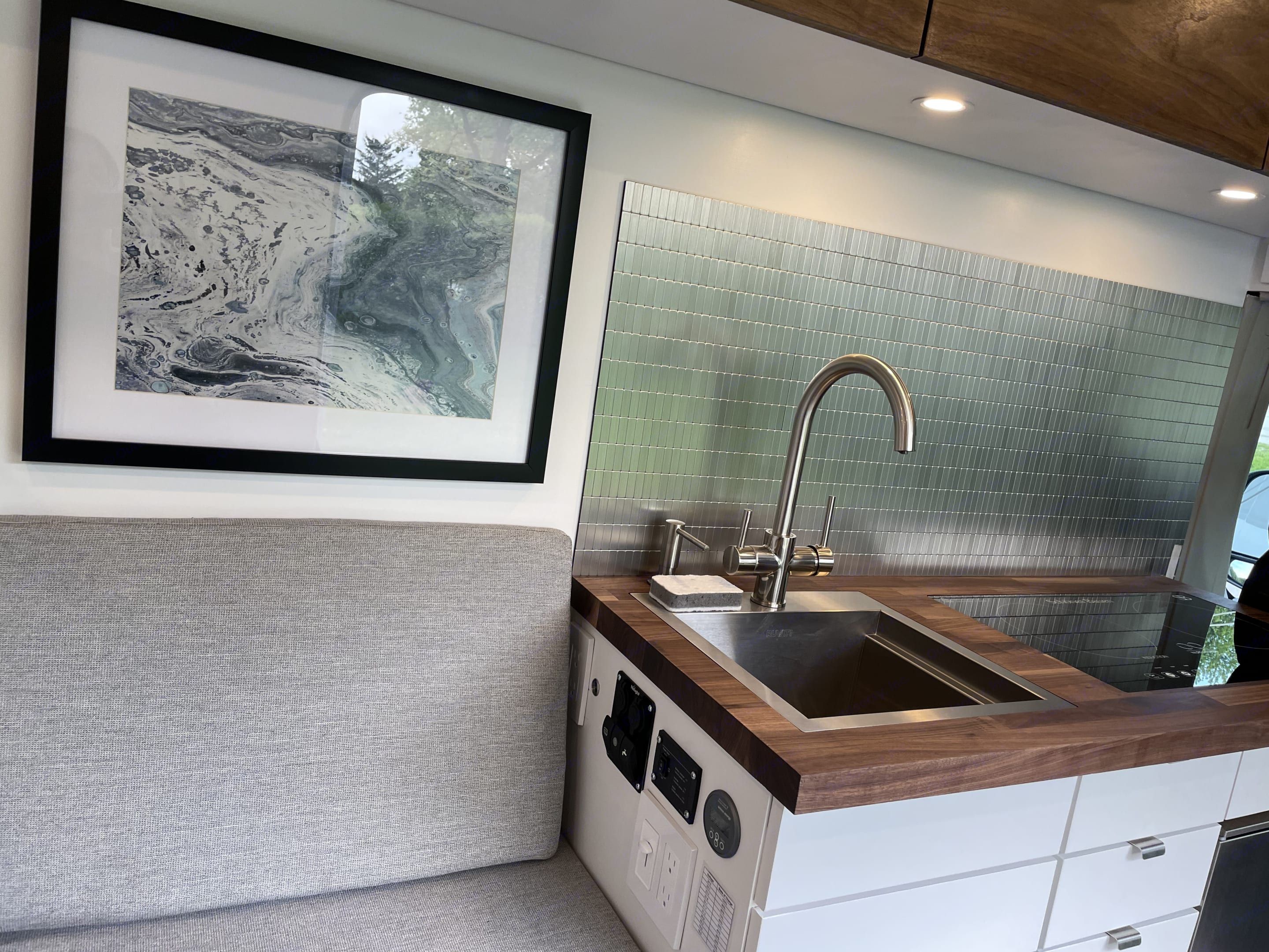 """-Deep 15""""sq. Stainless steel sink  -Dual handle faucet  -Right for washing dishes  -Left 3 stage filtered drinking water. Dodge Other 2019"""