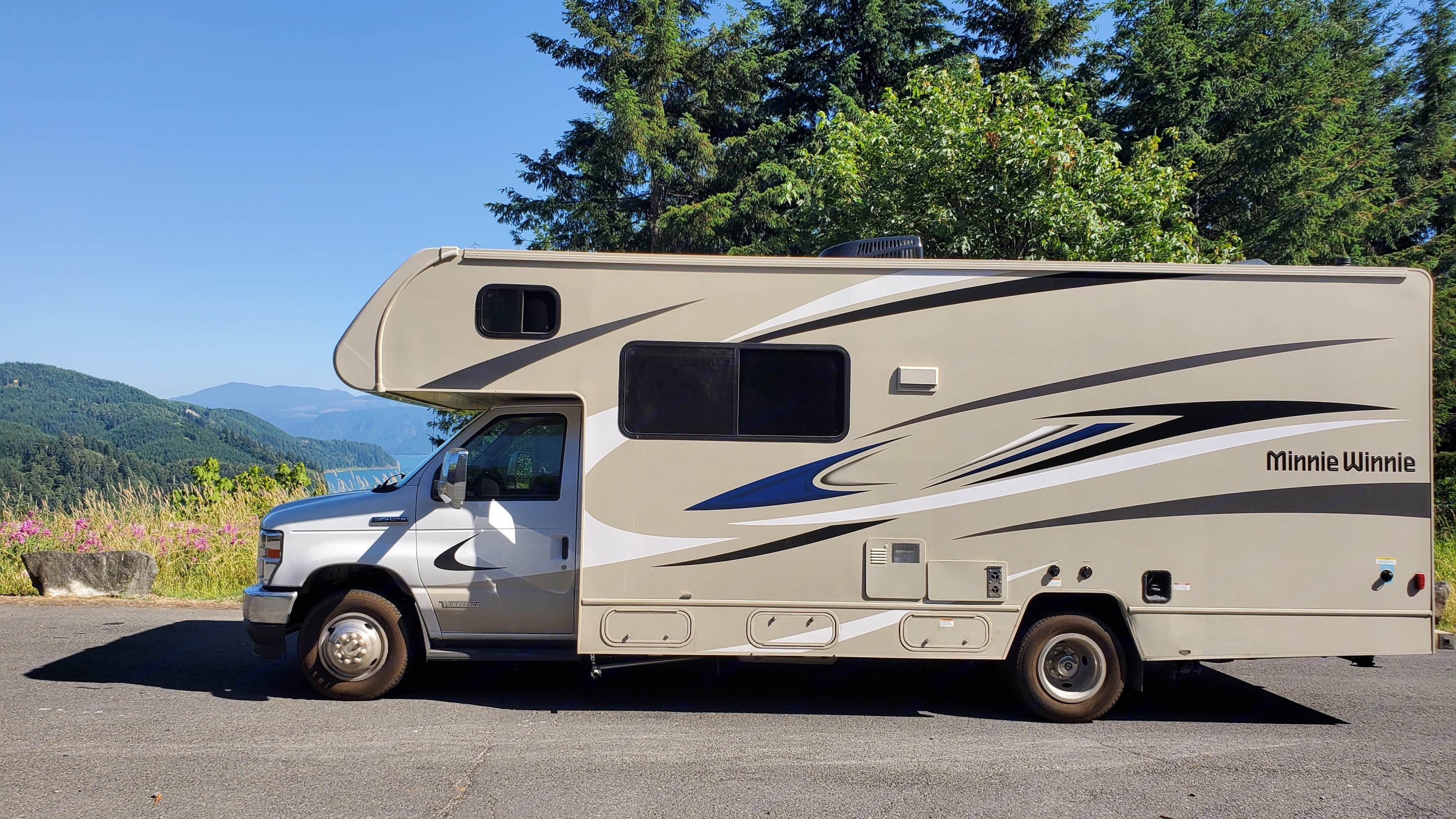 What photo will induct you during your journey with the Haul of Fame?  This is at Riffe Lake in Washington state. . Winnebago Minnie Winnie 2022