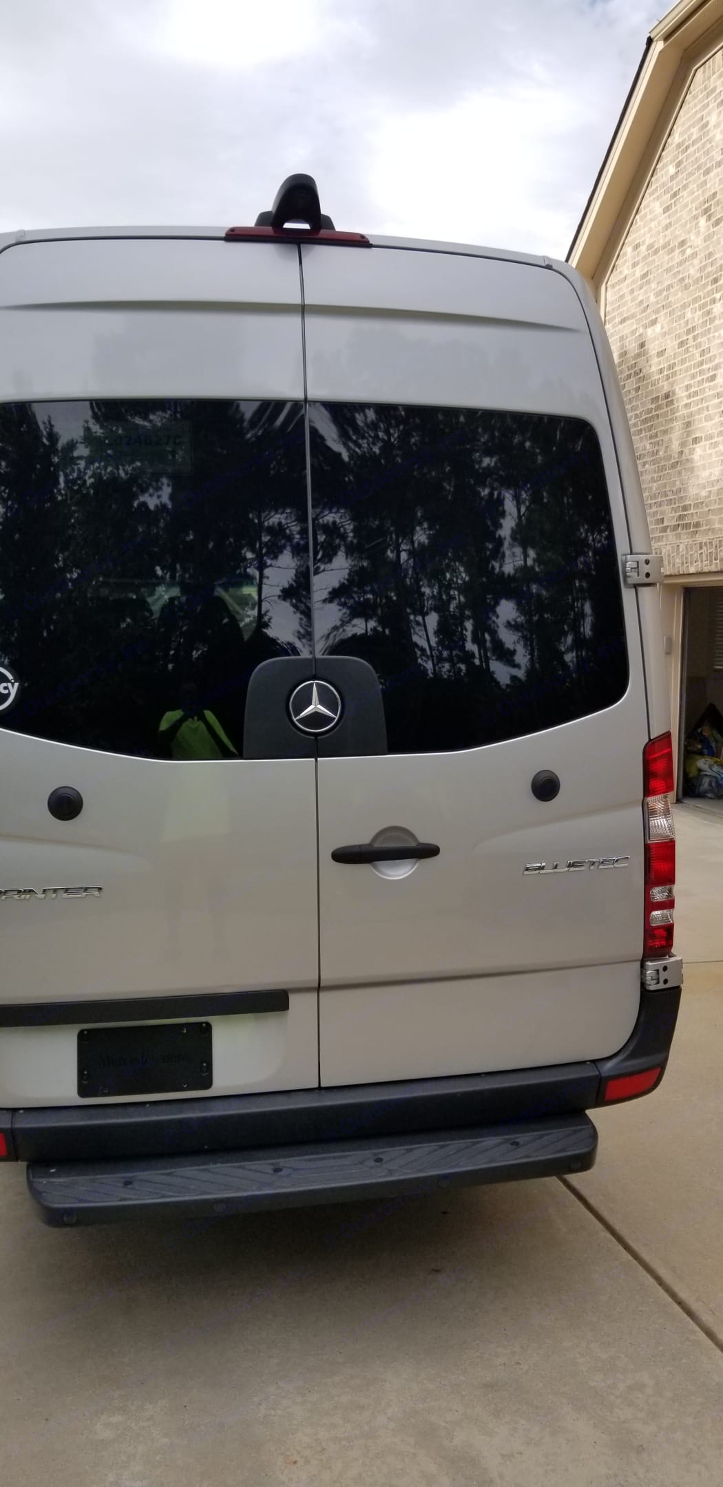 Safety Feature- Backup camera. Mercedes-Benz Sprinter 2016