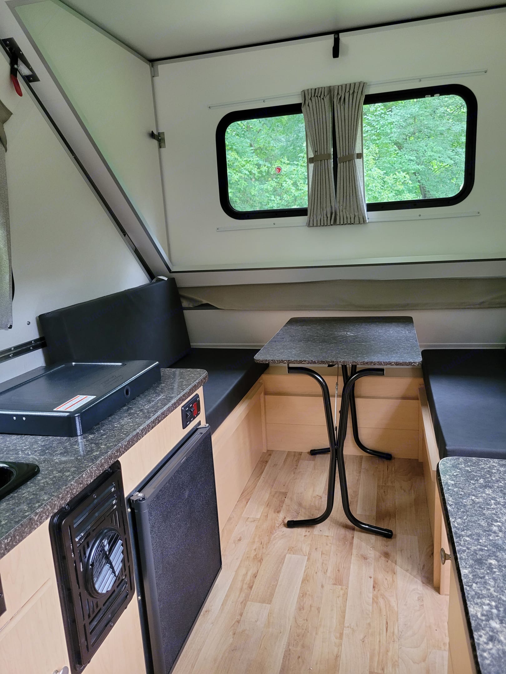 table and slats drop down for 2nd full size bed. A-Liner Ranger 2021