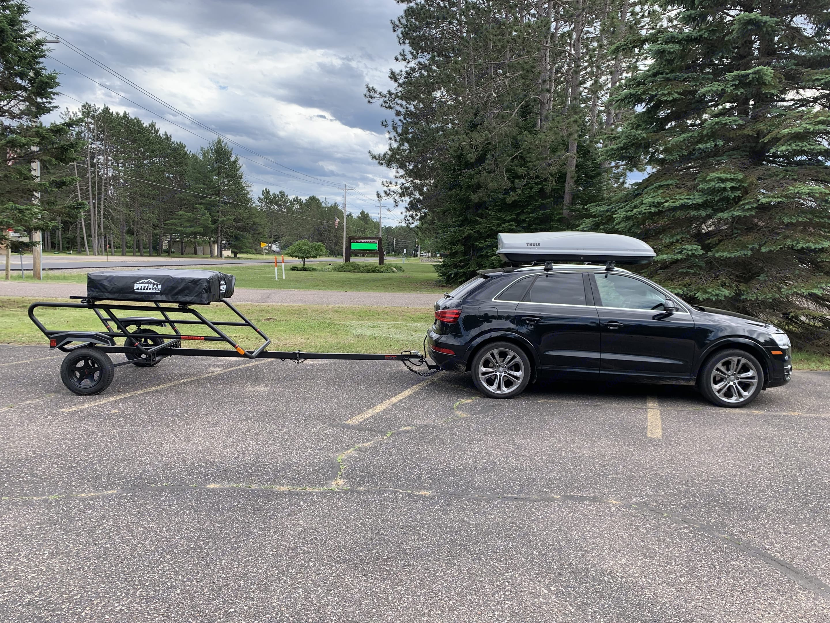 This lightweight trailer and tent is easy to pull behind almost any car with a hitch.. Yakima EasyRider 2020
