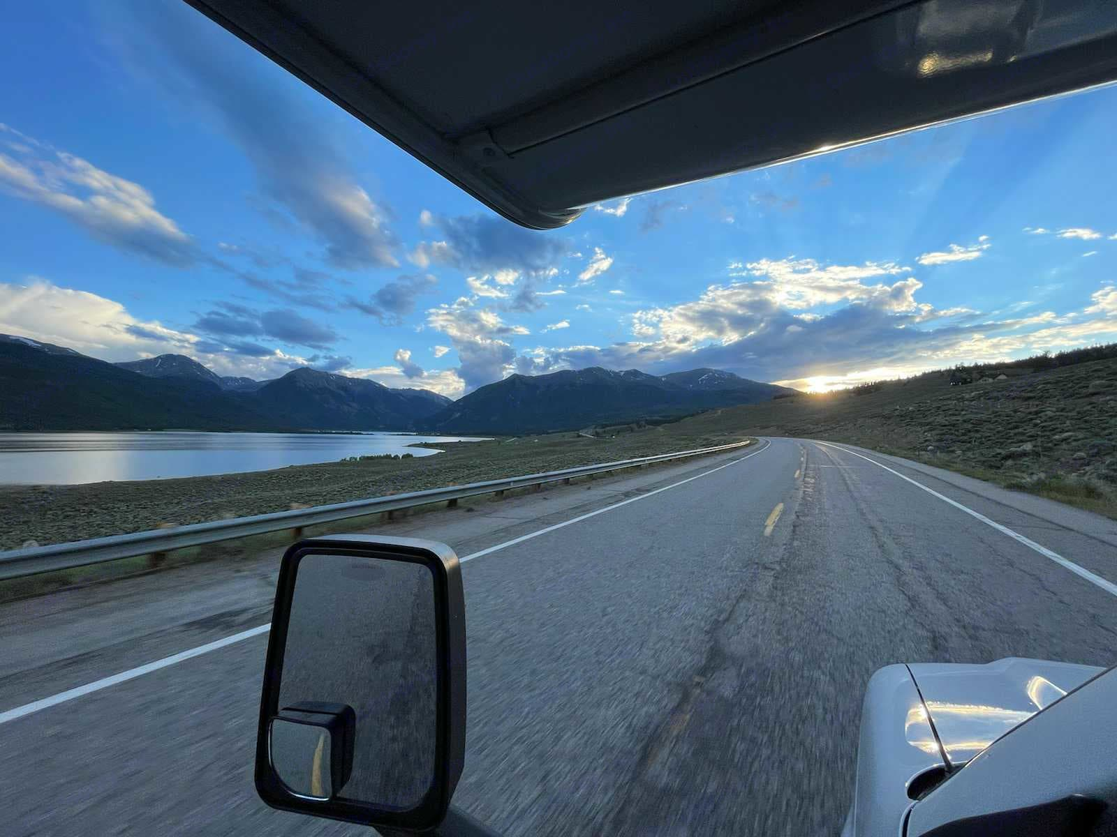 Explore the all the beauty that Colorado has to offer!. Coachmen Cross Country 2021