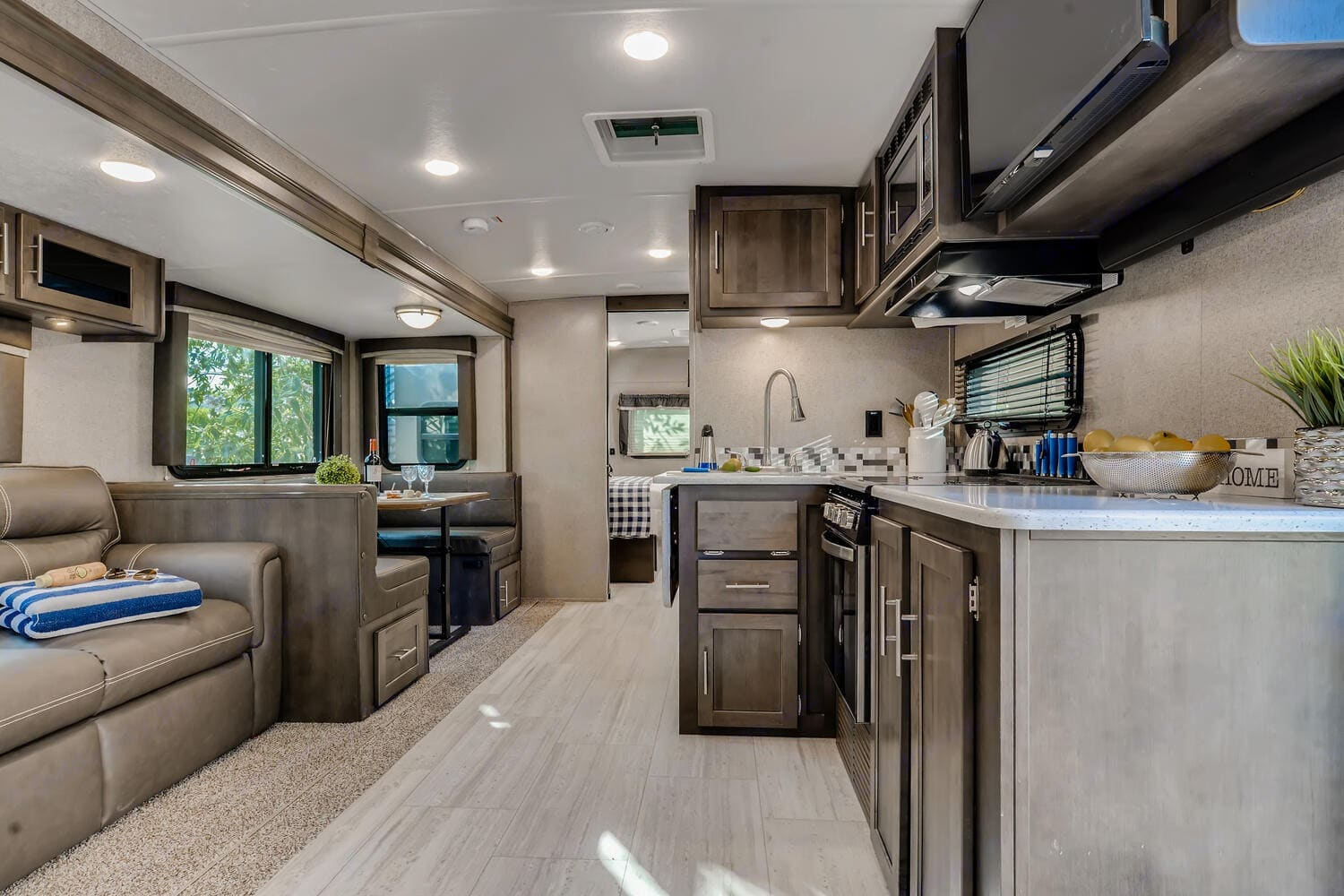 Spacious living and dining area.. Forest River Rockwood Ultra Lite 2020