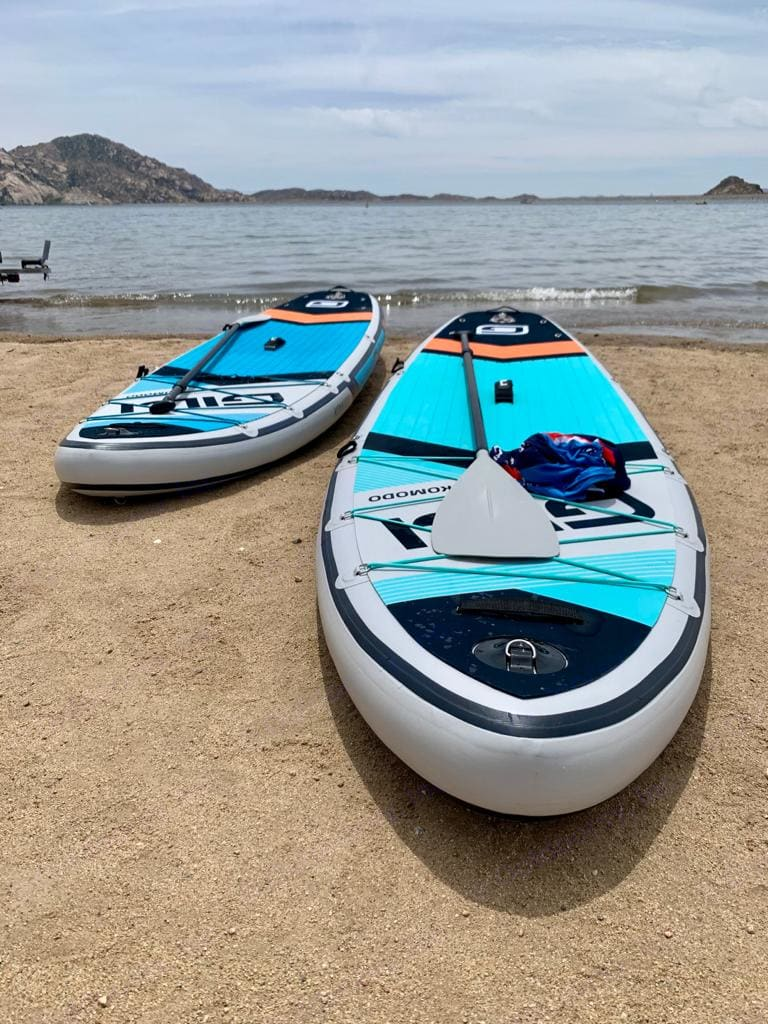New inflatable stand up paddle-boards, come with an electric pump, minutes to inflate and deflate, paddles included, stable and great fun !. Thor Motor Coach Four Winds 2021