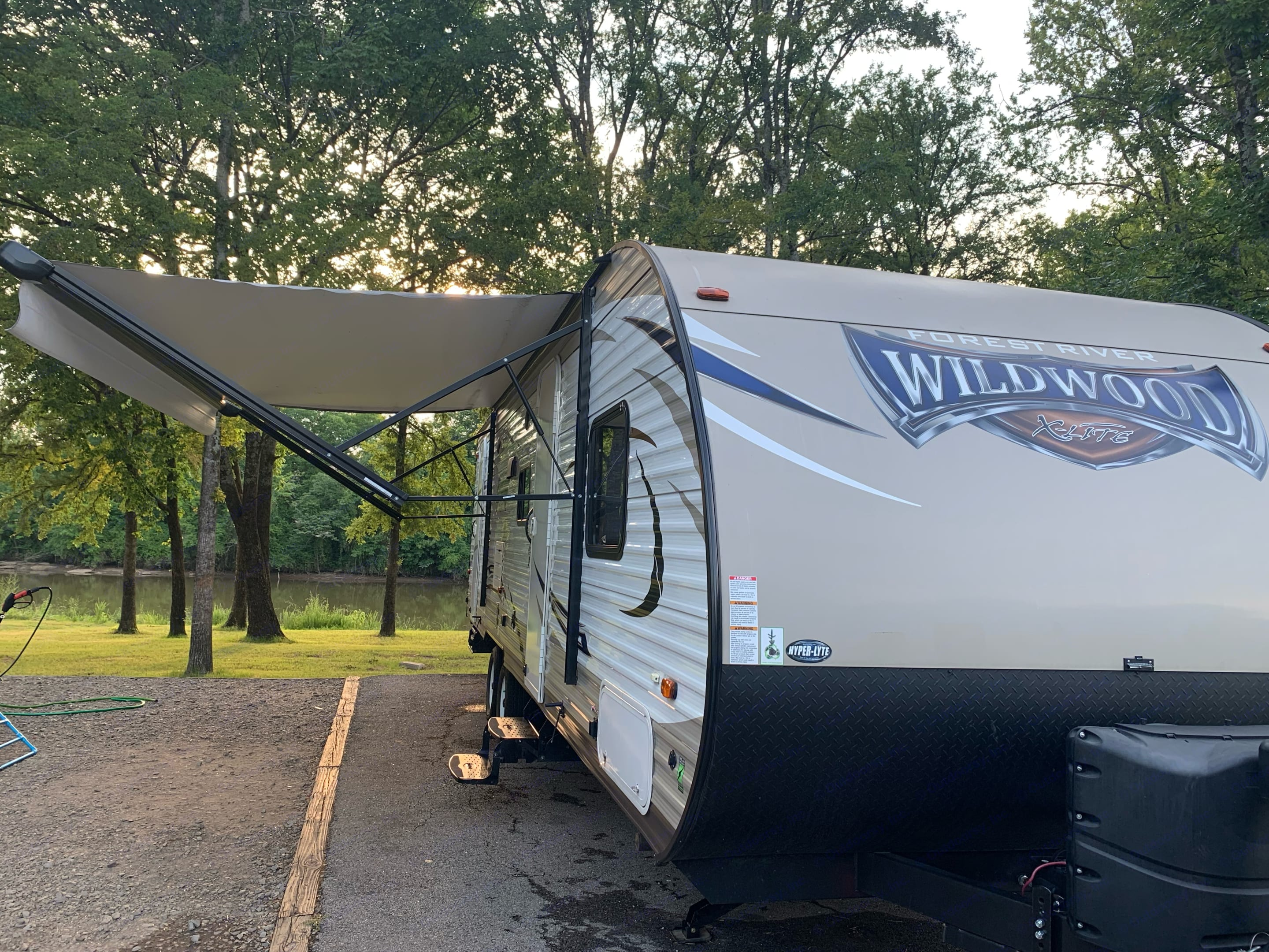 Forest River Wildwood X-Lite 2017