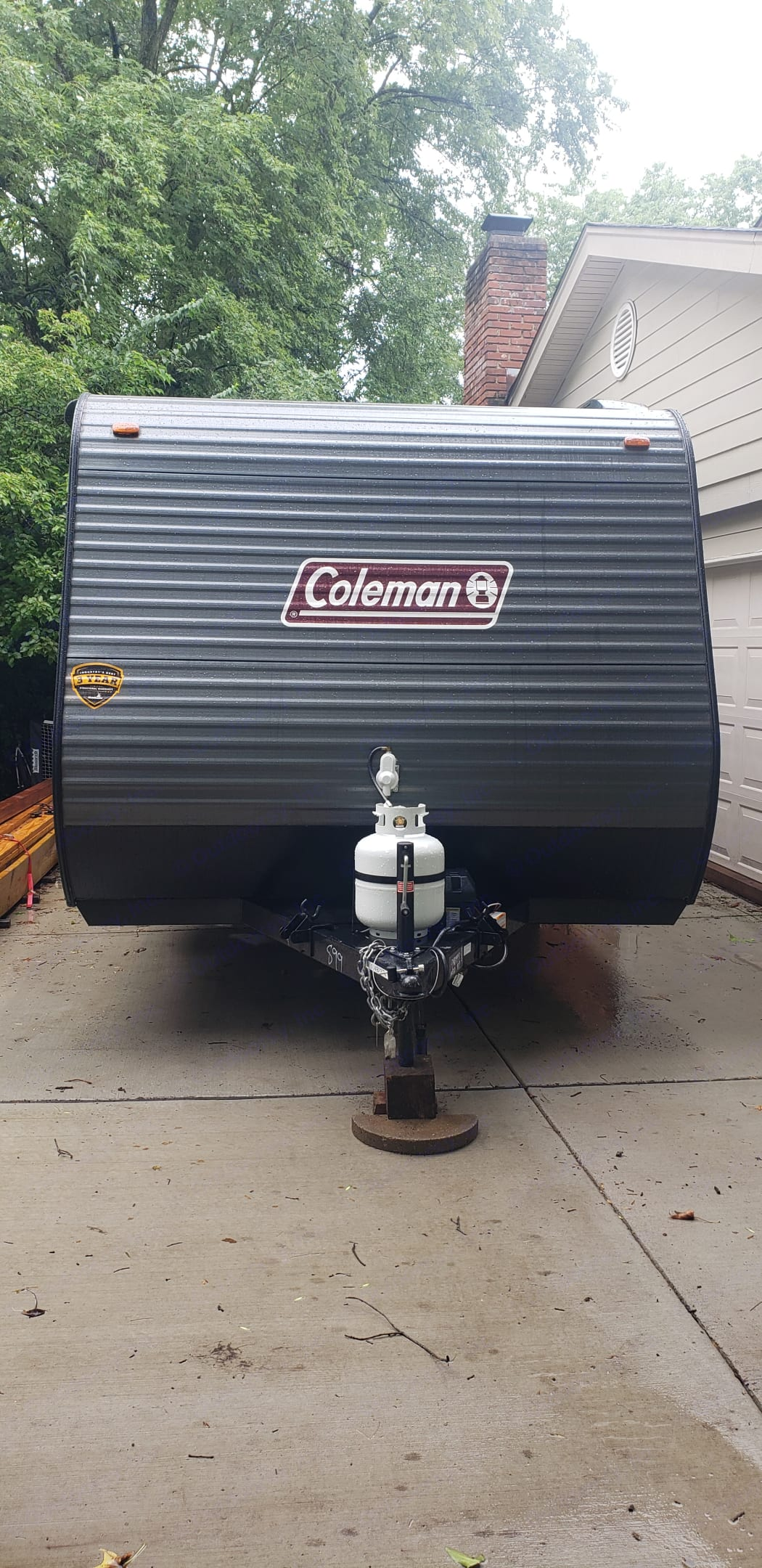 A light weight towable made of durable aluminum!. Dutchmen Coleman 2021