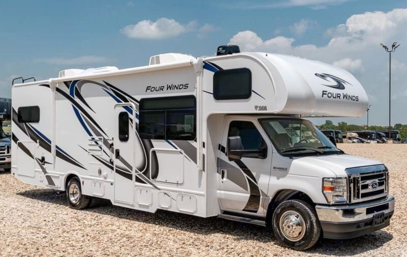 2022 Model has a V8 with average 12-15mpg.   Most Older models get 7-9 mpg with a gas eating V10.. Thor Motor Coach Four Winds 2022