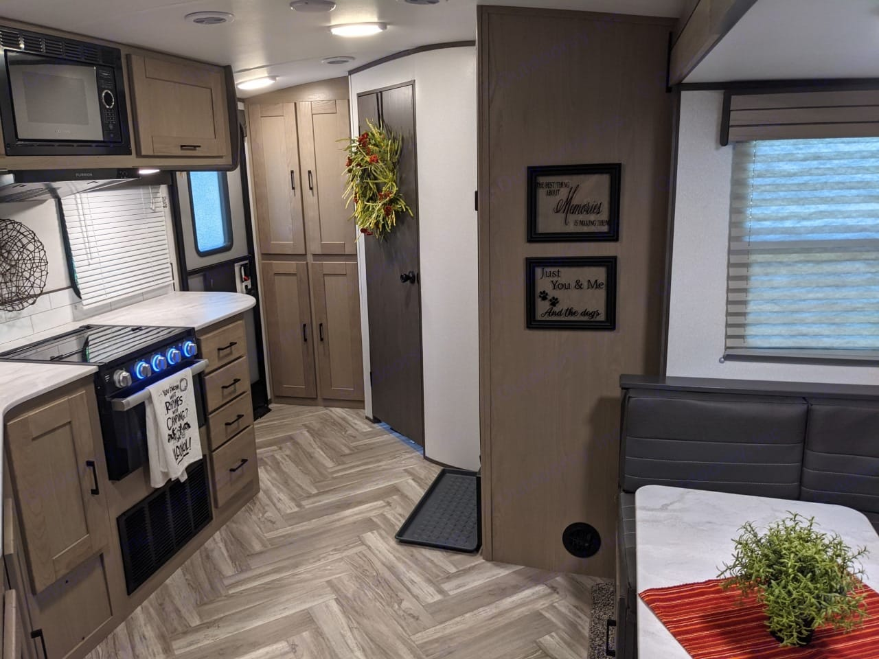 With the rear bath, the bathroom is available to use while traveling without having to open the slide. . Cruiser Rv Corp Shadow Cruiser 2021