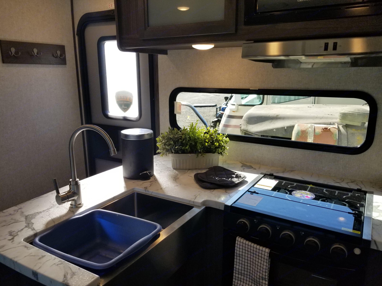Look at that large farm sink!. Dutchmen Kodiak 2021