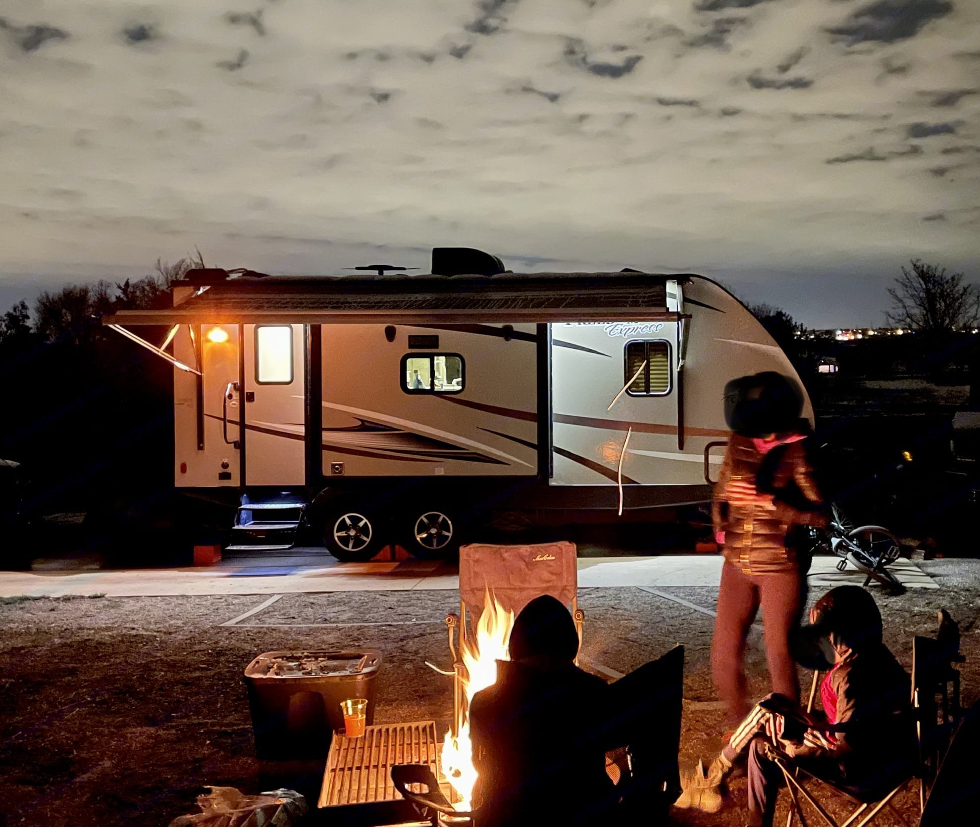 Great evening view . Coachmen Freedom Express 2017