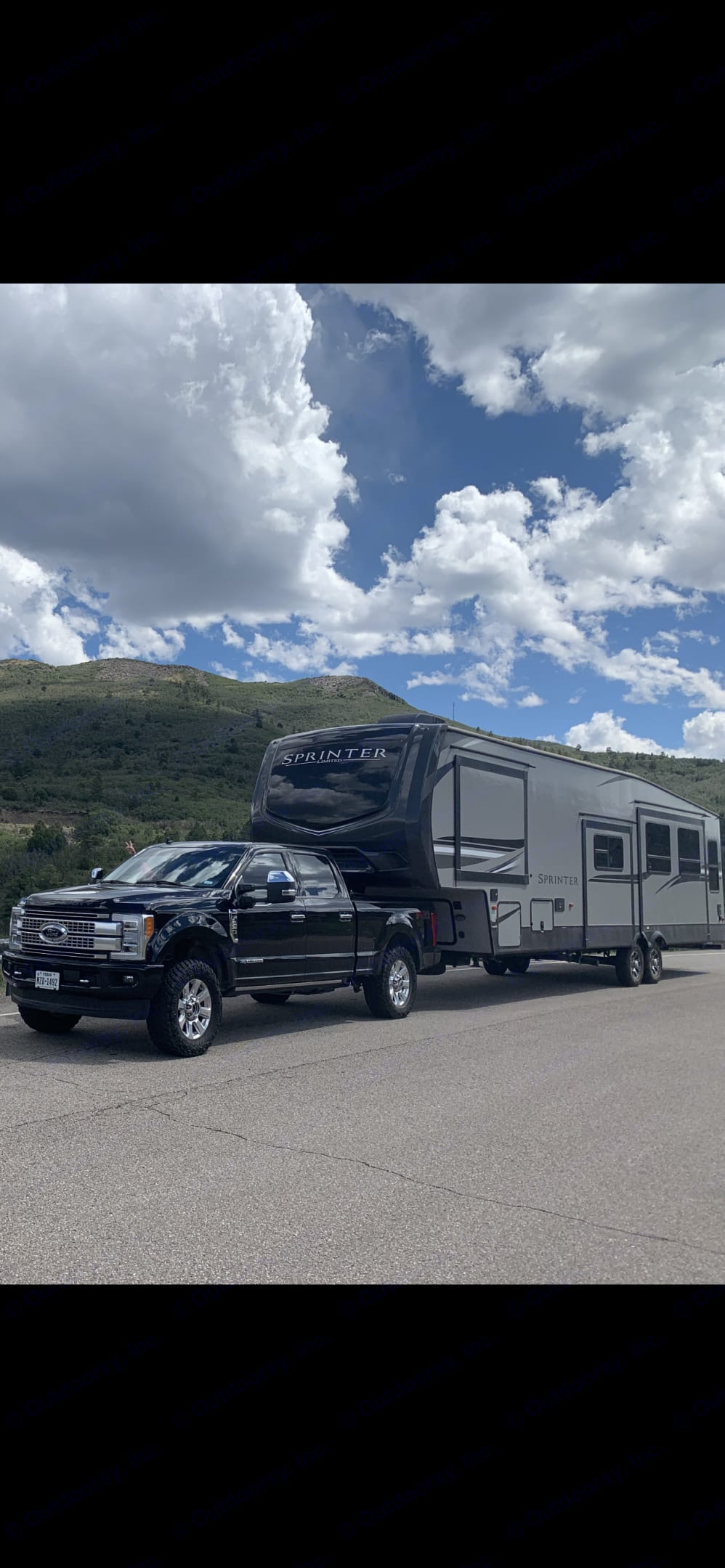 Great space for a big family . Keystone Sprinter 2020