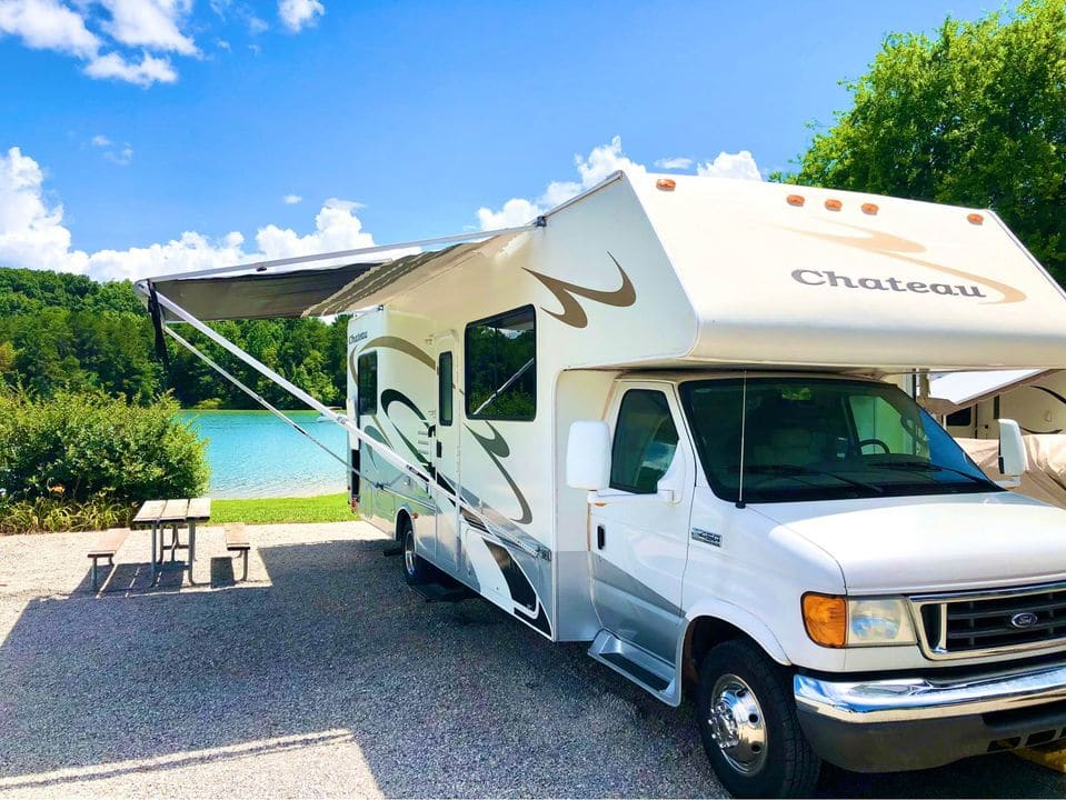 Enjoy the shade of a new awning.. Ford Fourwinds 2007