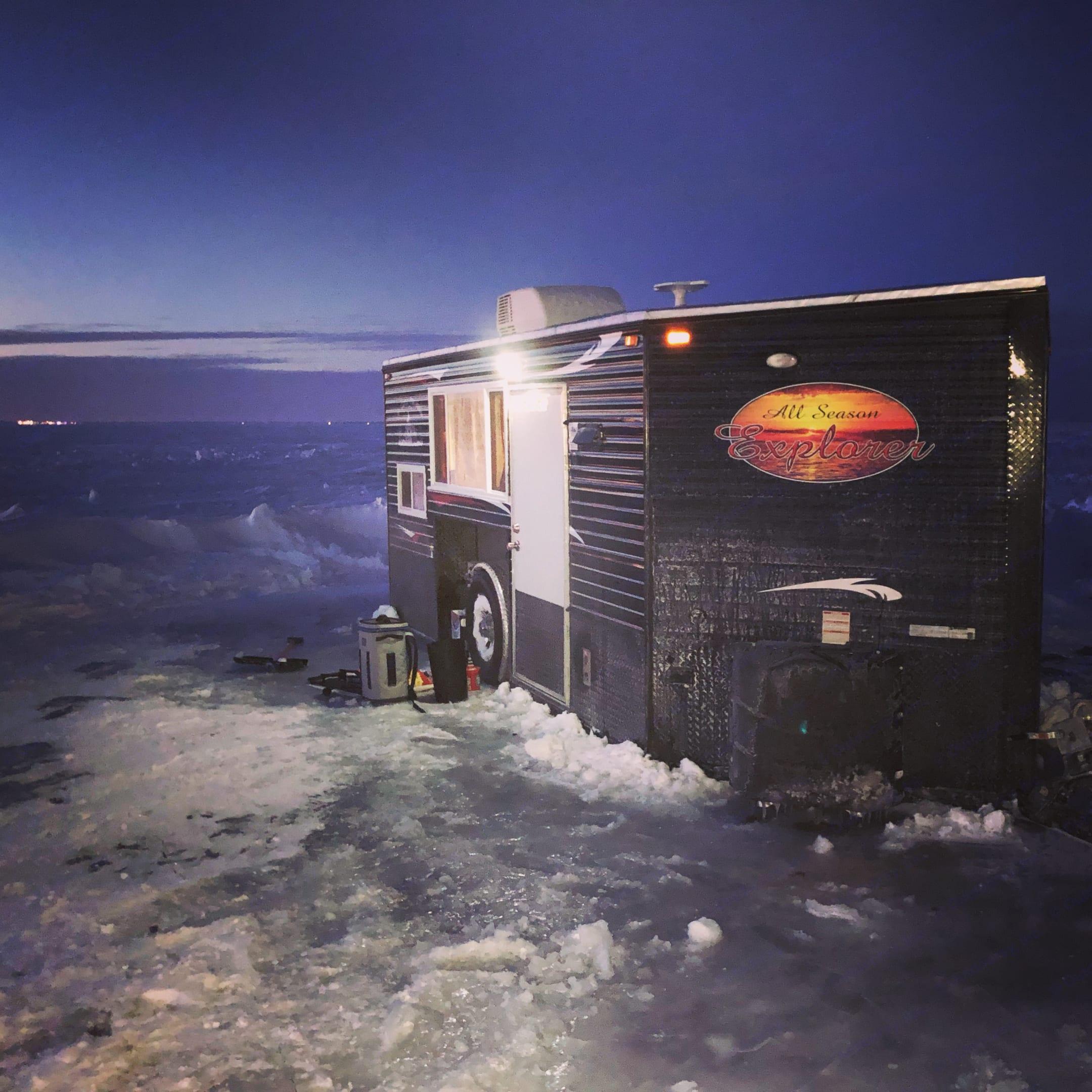 Ice Castle Fish Houses All Season Traveler 2018