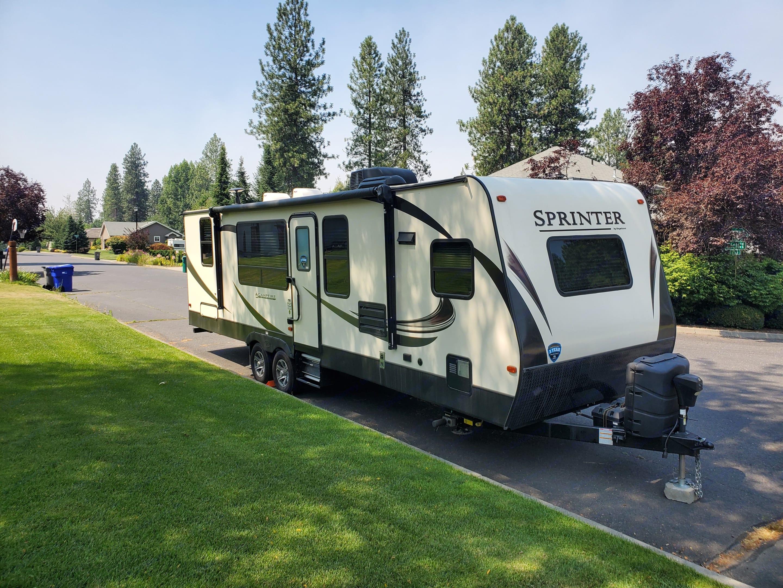 Keystone Sprinter Campfire 2018