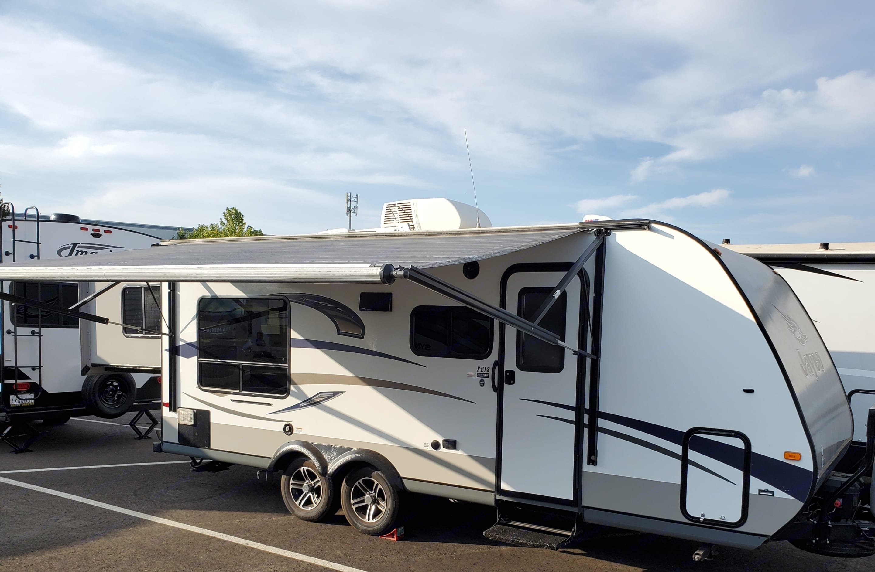 Outside LED lights and speakers. Jayco Jay Feather Ultra Lite 2015