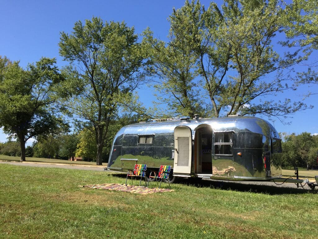 Taken at Fort Washington Park in southern Maryland. Here is the dimpled side of Dimples :). Airstream Overlander 1957