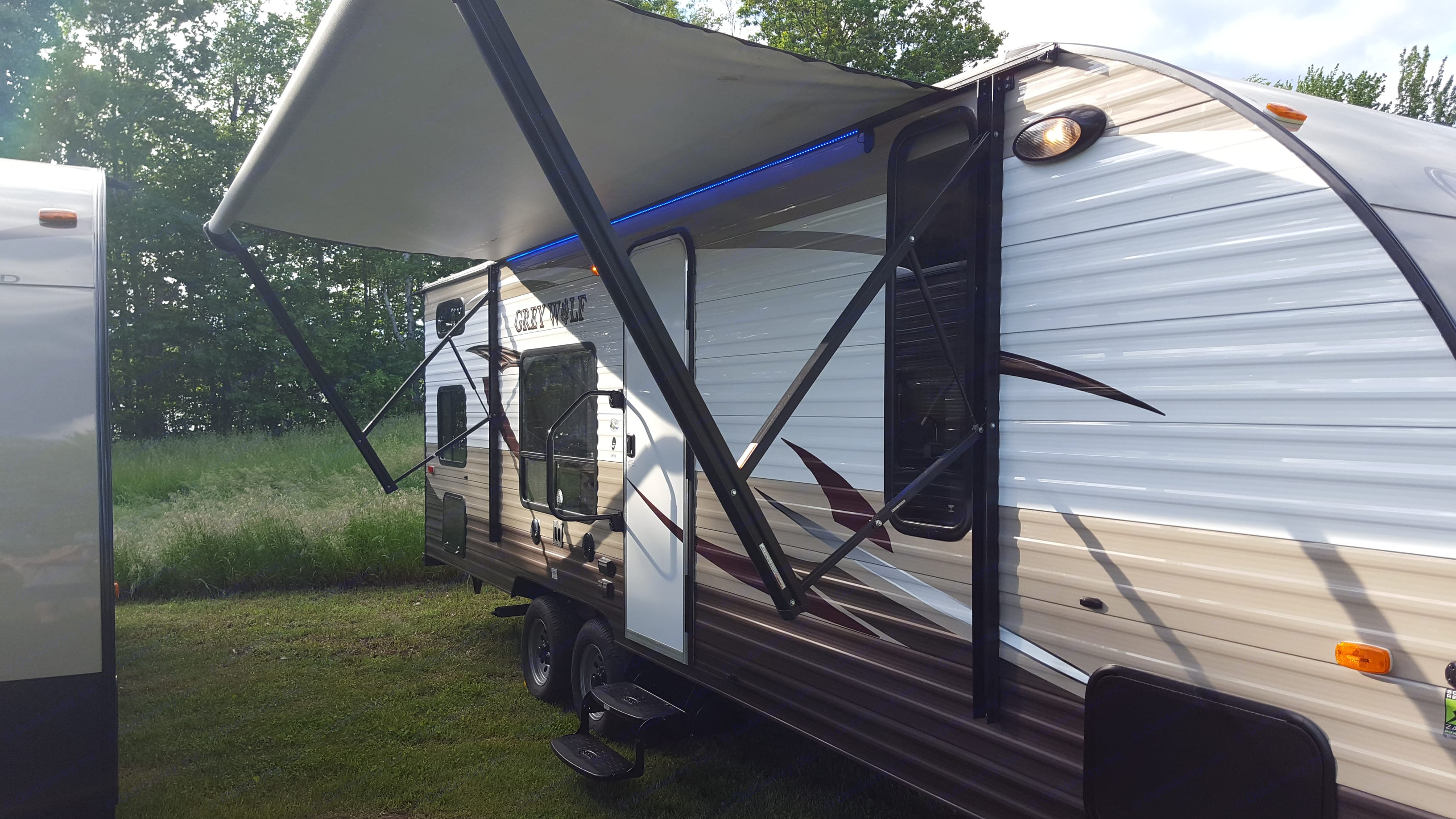 Forest River Cherokee Grey Wolf 26BH 2016